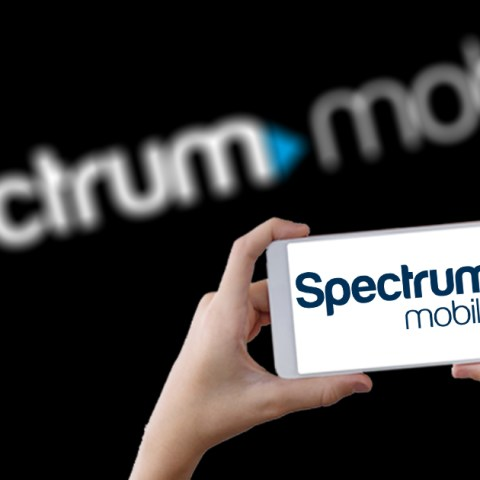 Spectrum Mobile low-cost cell phone provider using Verizon's network