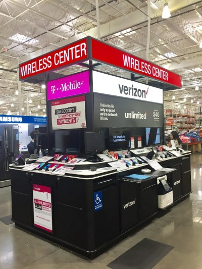 5 Things to Know Before You Buy a Cell Phone at Costco ... on Costco Phone Deals id=82071