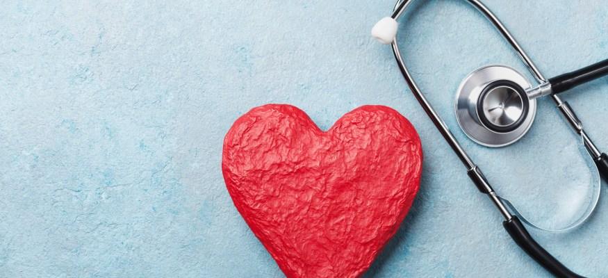 UnitedHealthcare promises lower premiums, more freebies in 2019 Medicare plans
