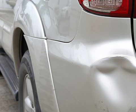 Approached by a parking lot repairman? How to avoid dent repair scams - Dent repair scam how to avoid