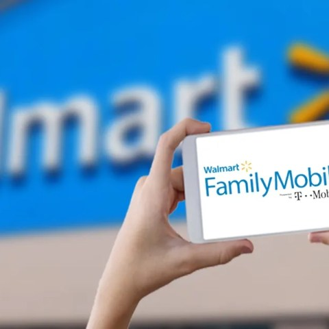 Walmart Family Mobile no-contract cell phone service plans