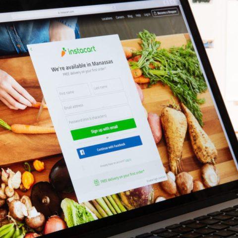 Ordering groceries online through Instacart