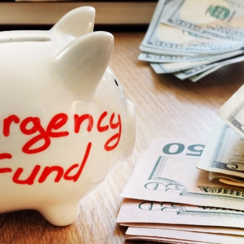 How much money do you need in an emergency fund, and where should you put your emergency fund? Money expert Clark Howard explains his point of view.