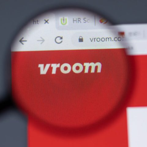 Vroom Review: 5 Things To Know Before You Buy or Sell