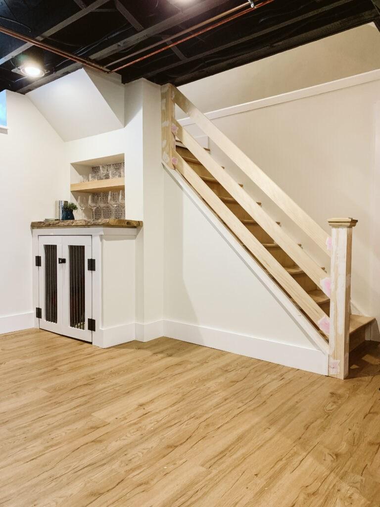 How To Build A Modern Horizontal Railing Clark Aldine | Black Horizontal Stair Railing | Room | Split Entry | Steel | Modern | Metal