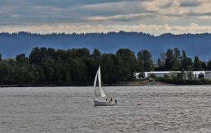 Vancouver Waterfront_sailing