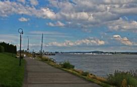 Vancouver Waterfront_walkway3