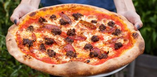rally pizza