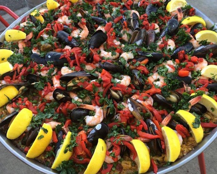 Class Cooking Vancouver Paella