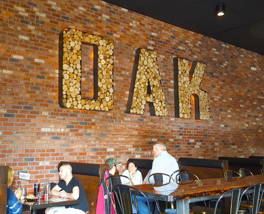 The Smokin' Oak Pit and Drinkery