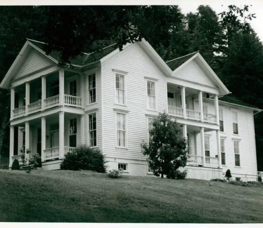 Columbia Lancaster House