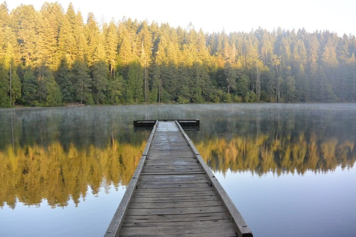 Clark County State Park Battle-Ground-Lake-At-Sunrise