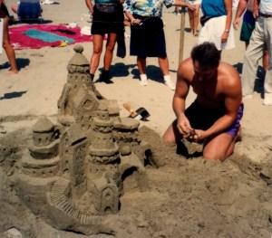 day trip grays harbor sandcastle Carona-Beach-castle-and-man