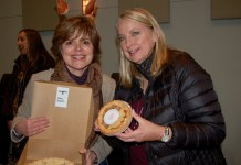 downtown camas Susan Lehr, pie winner and Carla Edwards sponsor 2019