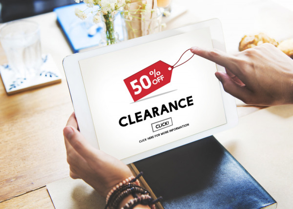 These 2 tools will save you big money when shopping online