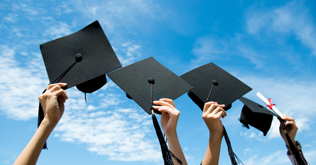 10 great deals on gifts for grads!