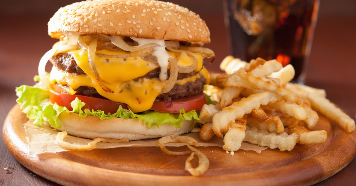 10 delicious deals & freebies for National Cheeseburger Day TODAY!