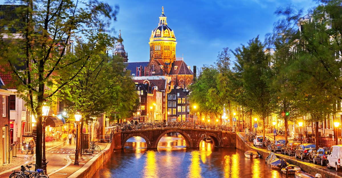 Flights to Amsterdam in the $400s round-trip
