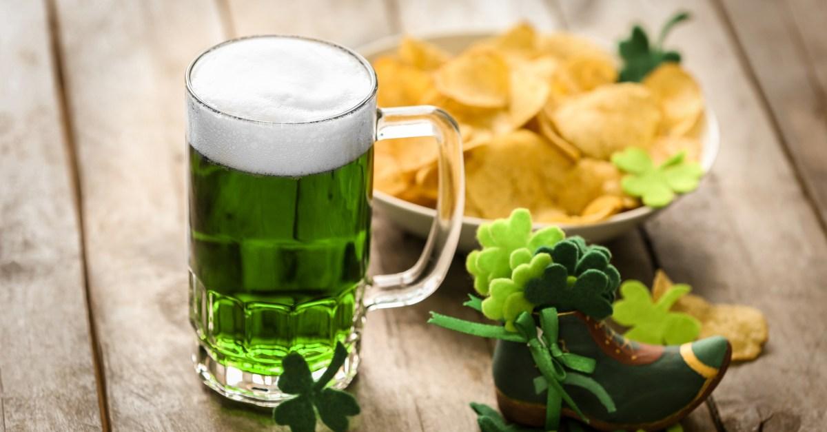 🔥 17 Shamrockin' St. Patrick's Day food deals & freebies!