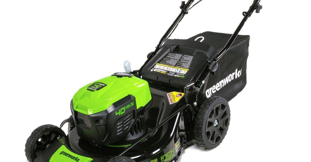 Today only: Greenworks 21″ 40V brushless cordless mower for $200