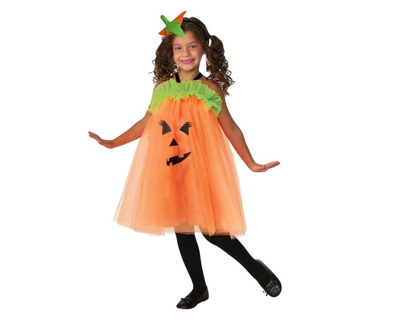 Halloween items from 50 cents at Hollar