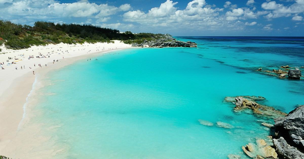 Flights to Bermuda in the $300s round-trip
