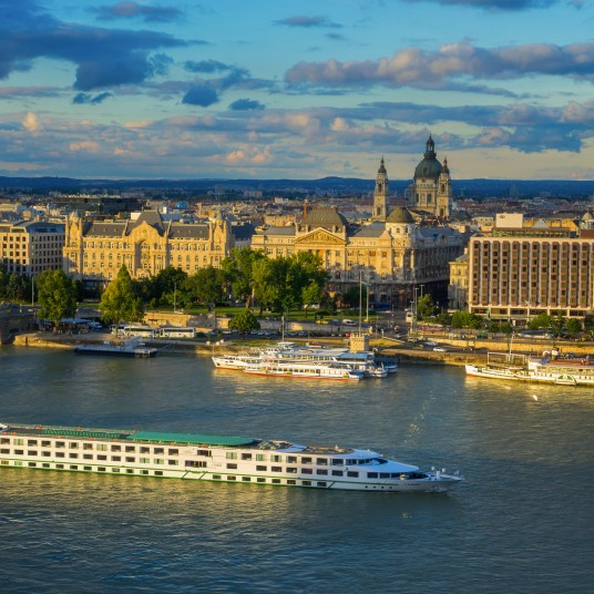 Viking River Cruise deals: FREE air + 2-for-1 deposits