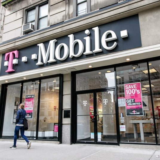 T-Mobile deals: Get a 3rd line FREE with 2 qualifying lines