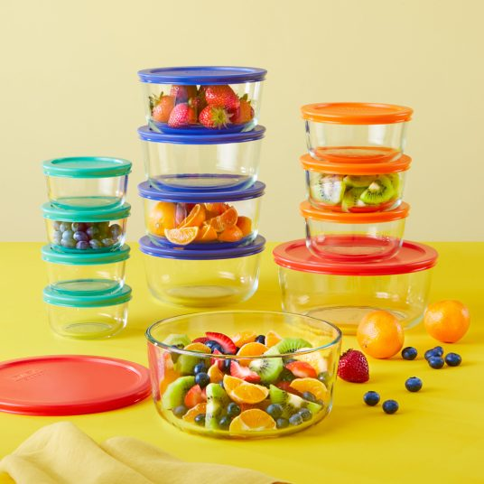 Price drop! 24-piece Pyrex Simply Store food storage set for $17