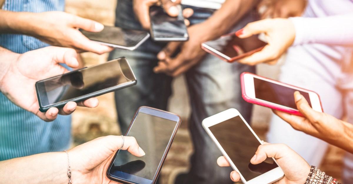 Smartphone deals: The best bargains on unlocked smartphones under $200