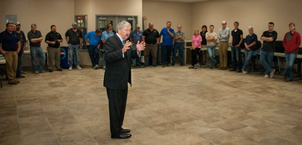 Governor Branstad talks to Altec employees about the surge in manufacturing success throughout Iowa