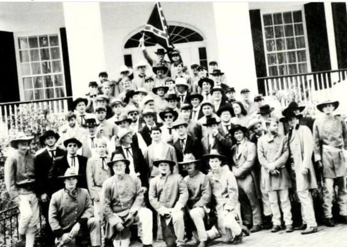 Tate Reeves fraternity photograph.