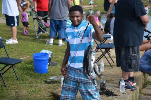 Photos twra kids fishing rodeo for Twra fishing report