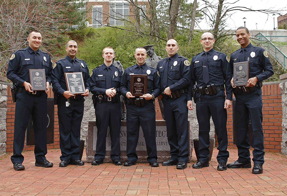 Seven Clarksville Police Officers Graduate From Training