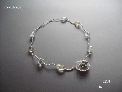 bijuterii -pietre semipretioase-colier-cristale-perle