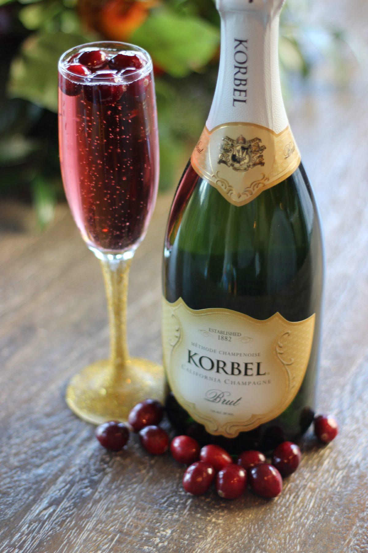 Holiday-Sparkler-Cocktail-Korbel