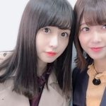 欅坂46時代の長濱ねる(左)と渡邉理佐