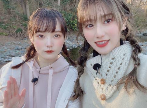 「SAKURA BANASHI 」でペアになった増本綺良(左)と守屋茜