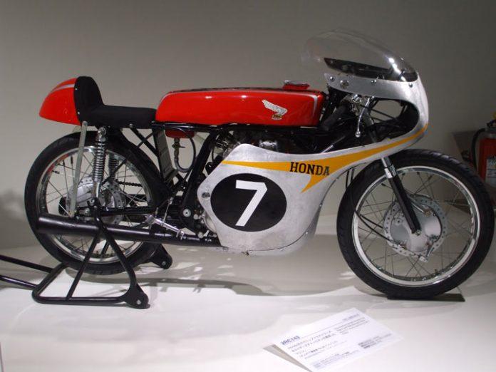 Nguyên bản Honda 2RC143 đời 1961