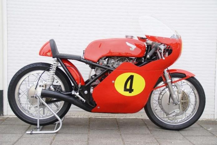 Nguyên bản Honda RC Drixton đời 1968