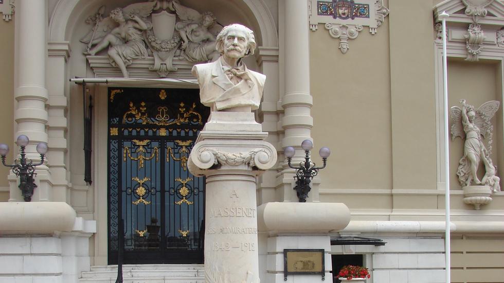 Buste de Massenet devant l'Opéra de Monte-Carlo