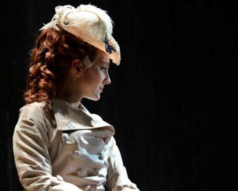 Anne-Catherine Gillet (Manon) dans Manon