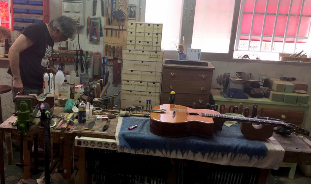 Geronimo Mateos Workshop Classical Guitar Magazine Nylon Guitar Luthier Spain Madrid