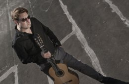 Classical Guitarist Jason Vieaux