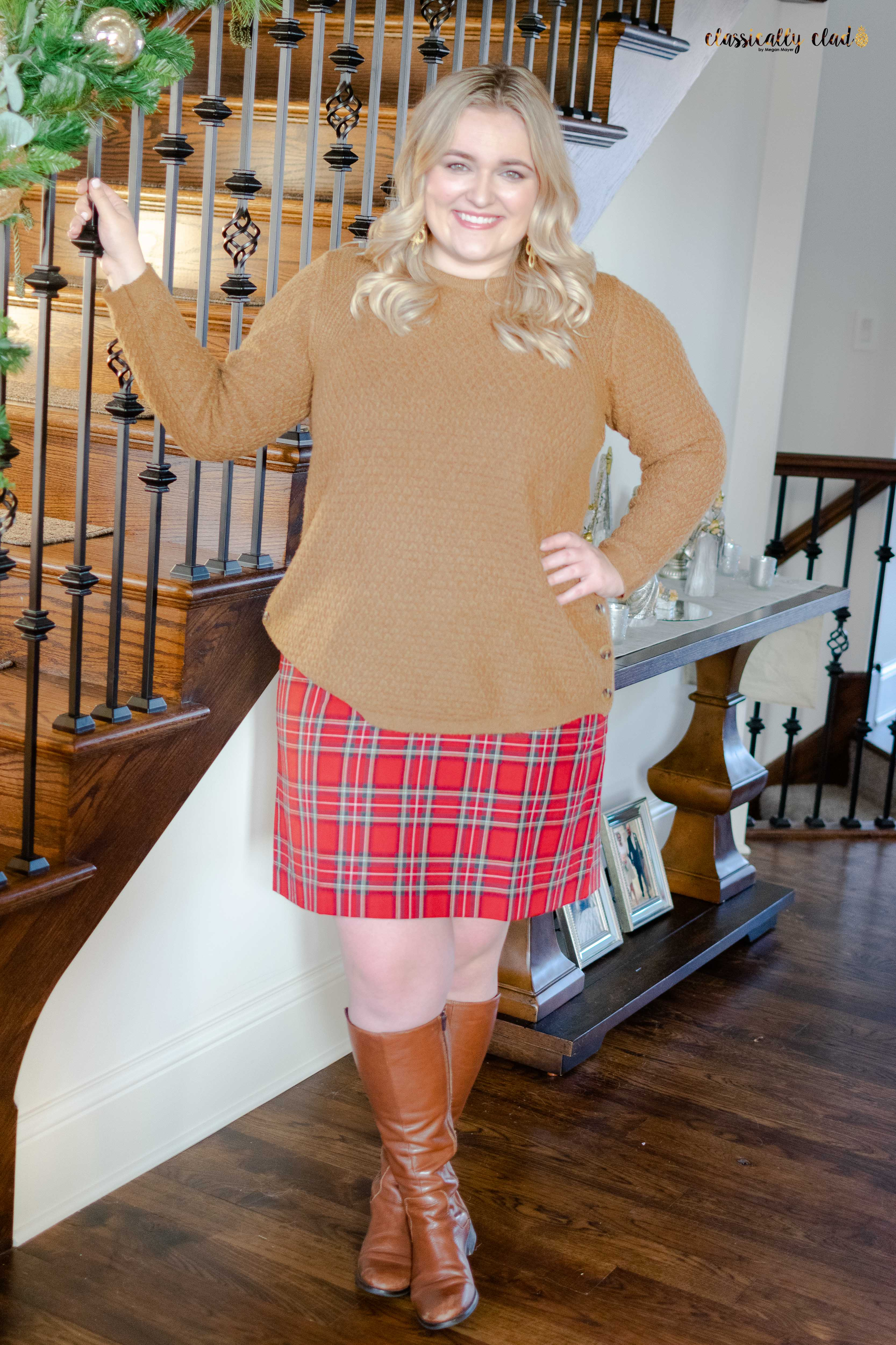 How To Style A Plaid Skirt - With An Oversized Sweater