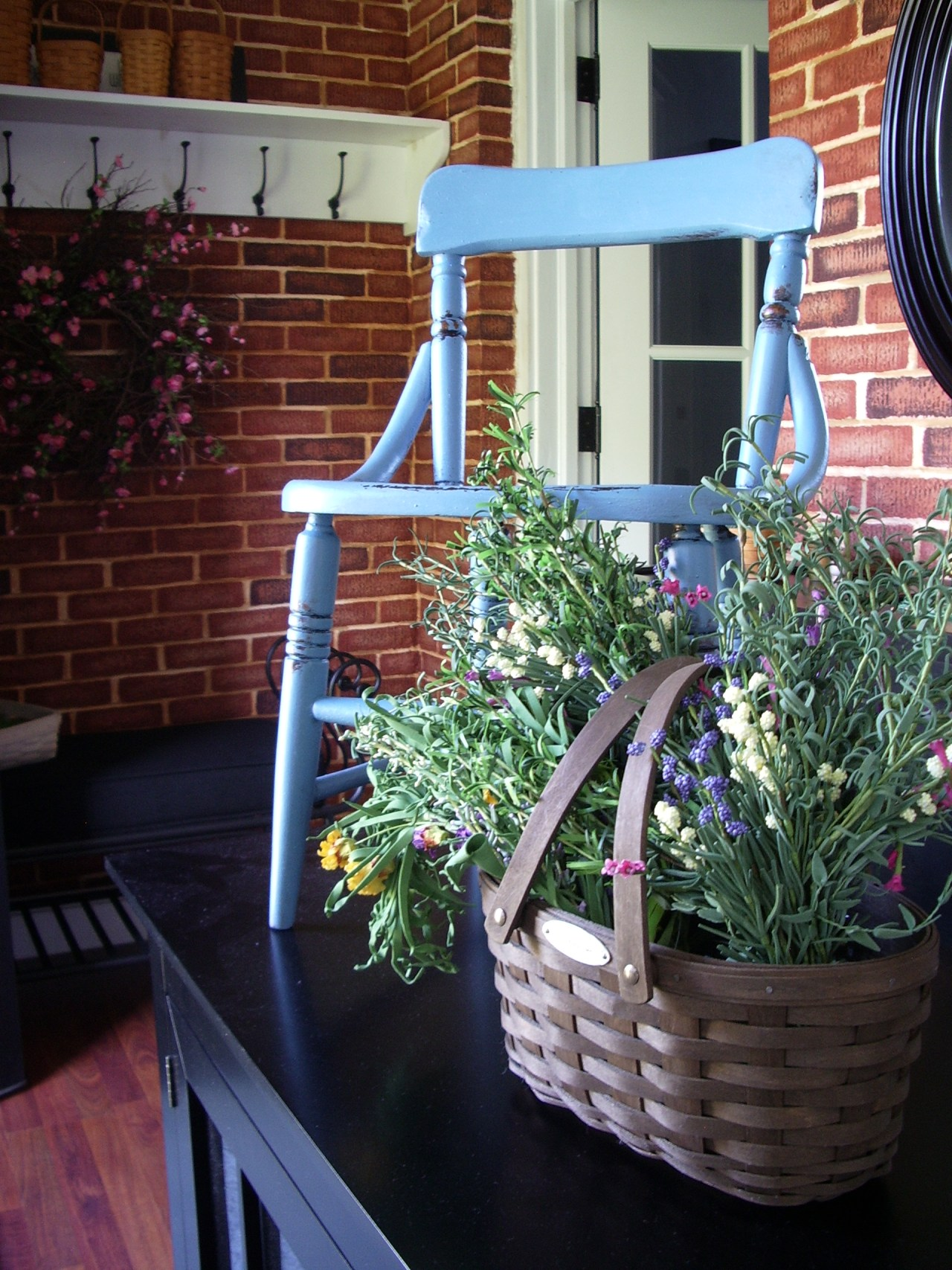 chair and seed box 006