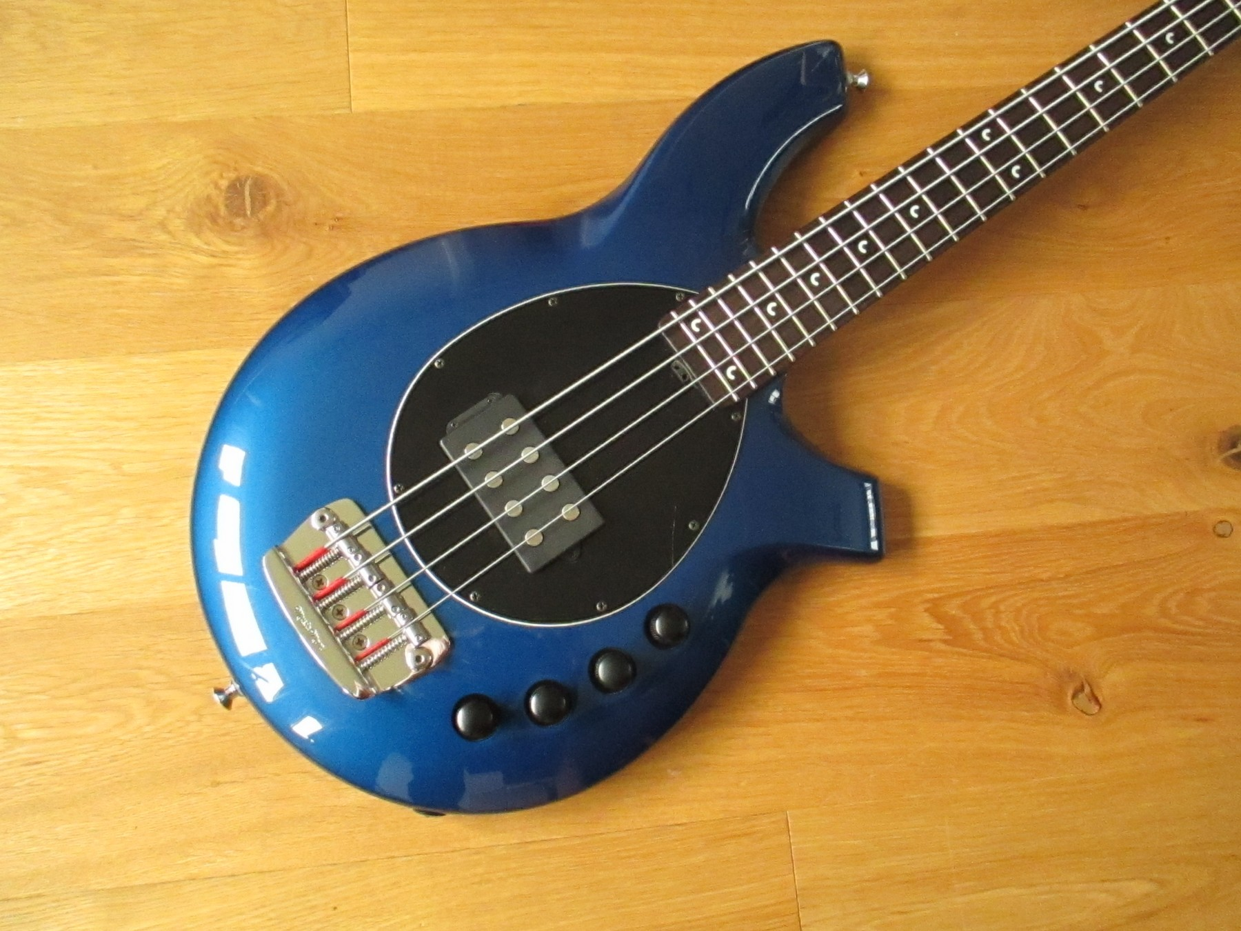 SOLD Musicman Bongo 4H Bass With Original Case Classic