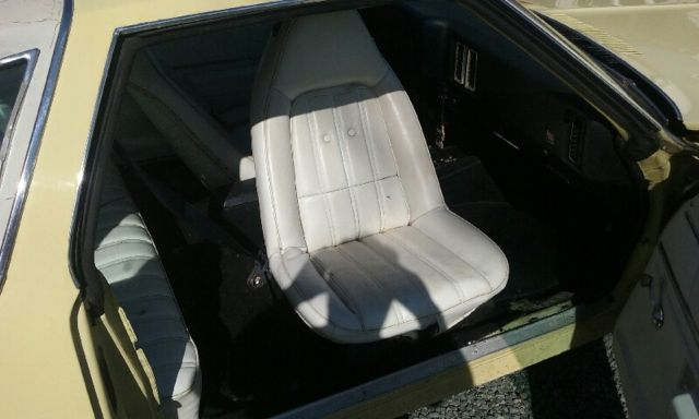 1977 Chevrolet Malibu Classic 2 Door Chevy Swivel Bucket