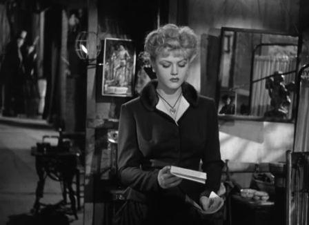 The picture of dorian gray 1945 with george sanders classic film angela lansbury who won a best supporting actress nomination and here somewhat defies the rumor that she was not attractive enough to be a romantic lead thecheapjerseys Image collections