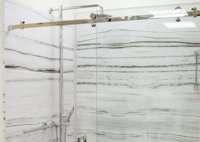classic-marble-design-bathrooms-showers-tyvarian-1